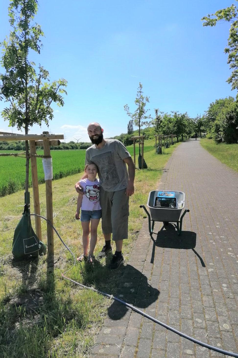 Unsere Baumpaten Thomas und Luci aus dem Garten 38